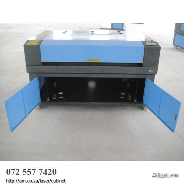 CO2 CNC Cabinet 900x600 Laser Cutting Machine For Taming The Sign