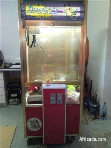 Picture of Coin operated amusement arcade game machine for sale